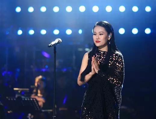 怎麼評價袁婭維的唱功?
