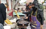 國慶節期間,遊客市民眾多,看早餐店如何應對熙熙攘攘食客?