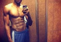 再次落選nba全明星的他,他在瀑布下展示肌肉,證明你們錯了