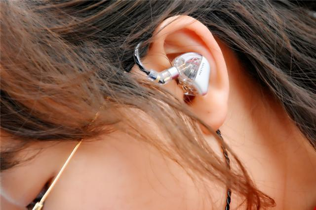 高顏值+強性能,目前最好看的動圈耳機