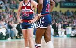 35號杜蘭特拿了35分:NBA史上穿這個號碼不算多,扣將藍領領風騷