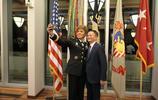 應西點軍校邀請,馬雲在西點軍校給出了自己個人的答案:領導力!