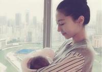 樊少皇抱著3個月大女兒拍照好溫馨,父女倆表情一致呆萌可愛