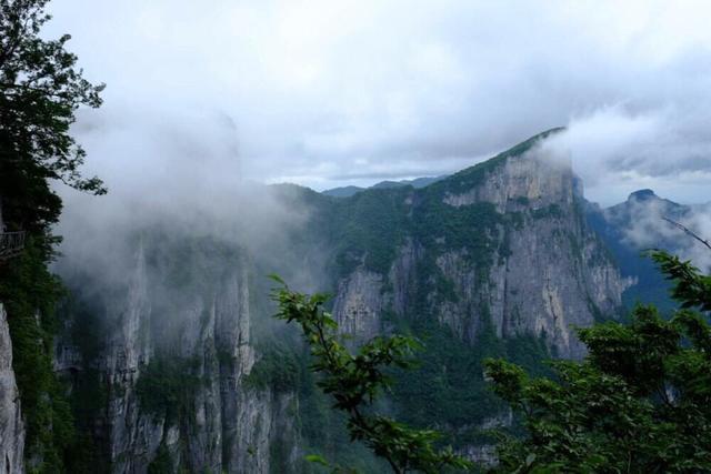五嶽歸來不看山,黃山歸來不看嶽,想去黃山!去過黃山的朋友,黃山怎麼樣?