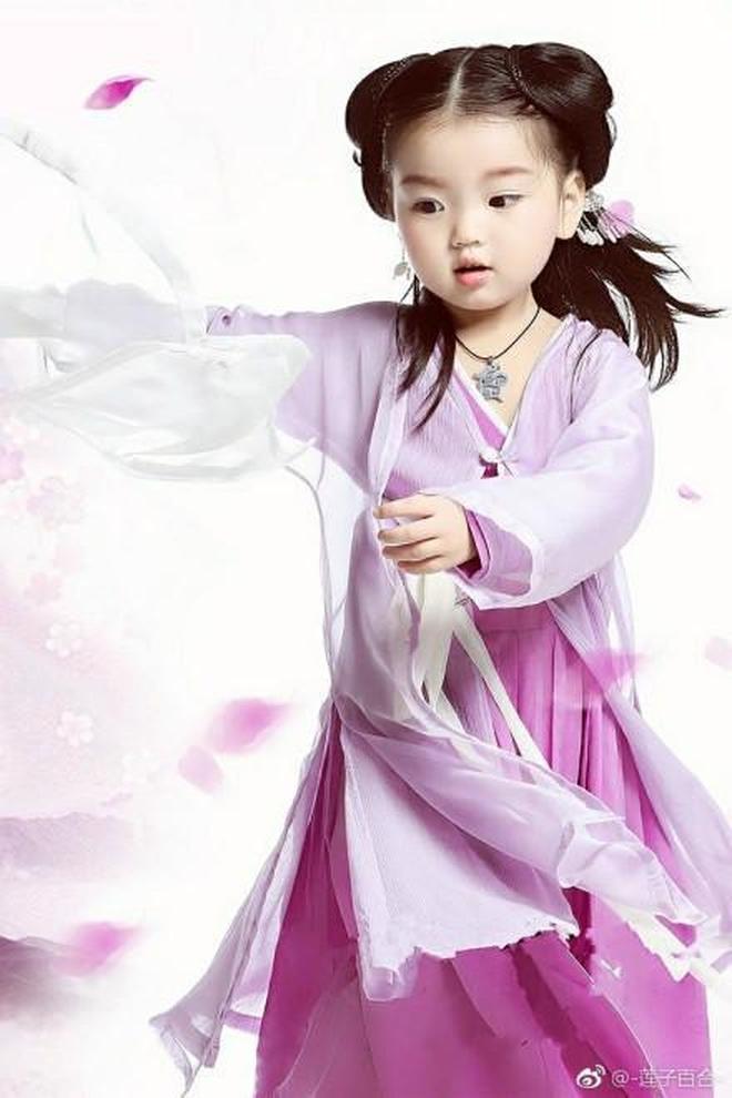 時尚咖阿拉蕾輕鬆駕馭漢服,每一套都美成小仙女