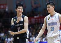 遼寧1-3新疆,賽後郭士強和阿的江握手,誰注意到郭士強的表情?