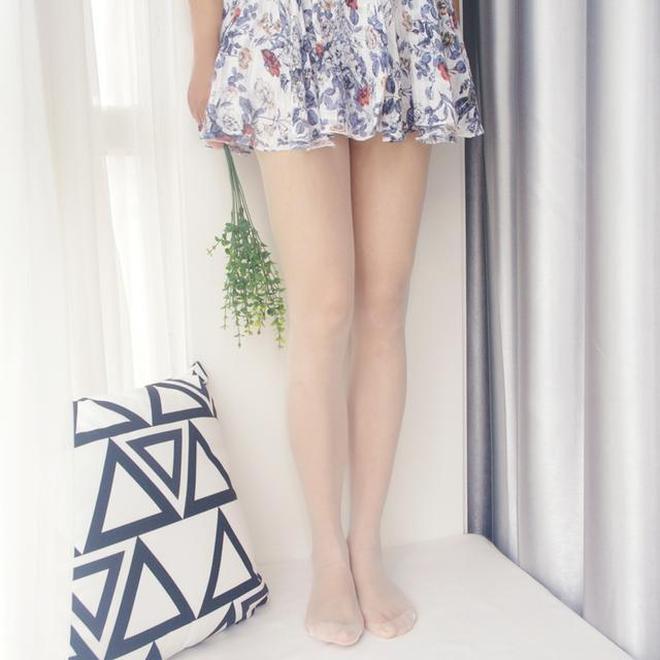 秋冬女人穿絲襪更好看,盡顯妖嬈,修身顯瘦腿拉長,回頭率飆升