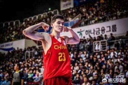 2019中國男藍主力陣容為1號位趙繼偉2號郭艾倫3號丁神4號周琦5號韓德君,行嗎?