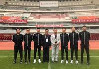 雅安體育:雅安籍裁判員楊曦,執法中國足球超級聯賽
