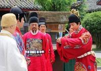 明太祖朱元璋去世前物色了兩個人助建文帝削藩,可惜建文帝沒用好
