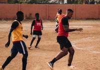 多圖流:博阿滕在加納享受假期