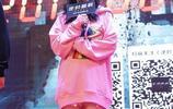 帶貨女王楊冪,玩下衣失蹤不慎被路人拍照,最後成了這副模樣!