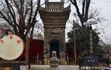 陝西有個美麗的村莊,家家住洋房,據說小夥子娶媳婦要求本科以上