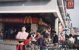 老照片再現90年代深圳真實樣子:經濟發展迅速,街頭女子時尚