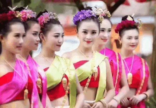 老撾美女為何對中國遊客那麼熱情?老撾美女坦言:中國人太大方了