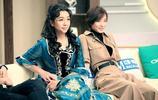 50歲江珊全家近照,離婚後母女倆相依為命,女兒顏值和媽差太遠!