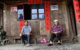兄弟因為眼光高一生未娶到媳婦,哥哥帶著弟弟一起生活了70餘年
