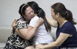 為了要生兒子,將出生3天的女兒丟棄,39年後找回,母女抱頭痛哭