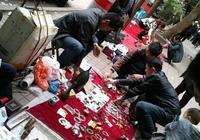 四川自貢古玩市場老貨不少