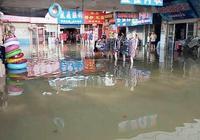 萊西月湖水位上漲 一市場300多家店鋪被淹