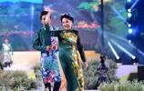 胡志明市舉行盛大奧黛文化節,越南眾多明星身穿民族服飾爭奇鬥豔