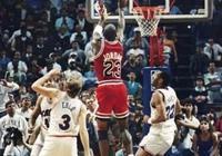 在NBA比賽上,為什麼球員的第一選擇是上籃,而往往絕殺球都是投籃?兩者誰重要一些?