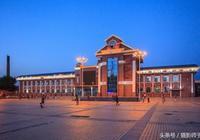 嫩江火車站