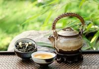 白露時節喝白露茶,選一袋福鼎白茶泡起來