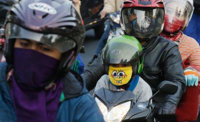 實拍印尼千萬民眾返鄉過節,規模堪比春運,四處人滿為患
