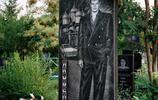 俄羅斯黑道成員的墓碑