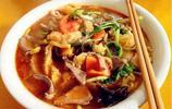 """南京五碗""""土豪面"""",能用的好食材都在這一碗麵裡"""