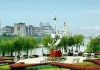 南昌市面積最大的縣,人口近90萬,是南昌的東大門
