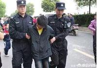 十二歲少年弒母后被釋放,監獄不收、管教所不納、學校不要,該如何看待這個問題?
