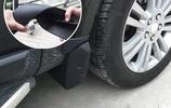 修車師傅告訴我:輪胎邊有個小孔,多數人浪費不用,懂行人經常用