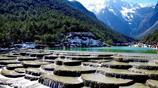欣賞麗江古城的一城一山一湖,體驗醉美麗江,感受民族的古樸之風