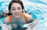 日本女星 筱崎愛 泳池遊玩,網友:好可愛的妹子!