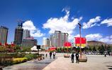 這是西寧市最美的廣場,大白帽子低下誰都愛去乘涼,你去過嗎?