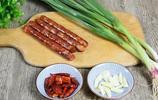終於找到香腸最好吃的做法,不用油炸,入味又下飯,越吃越過癮