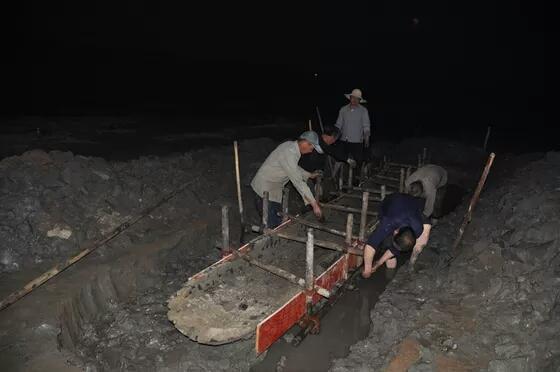 息縣出土四艘商周時期千年獨木舟,將中國造船史提前1000年
