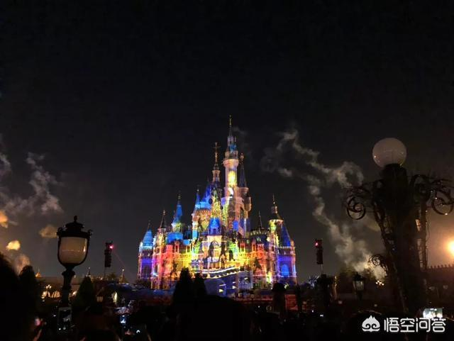 用樂高DIY拼平面版的迪士尼城堡,有什麼注意事項?