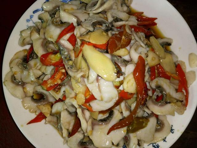 辣椒炒魚片的做法