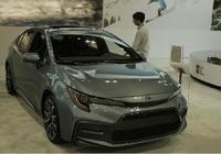 """堪稱""""小號凱美瑞"""",全新一代卡羅拉實車現身,配全新2.0發動機"""
