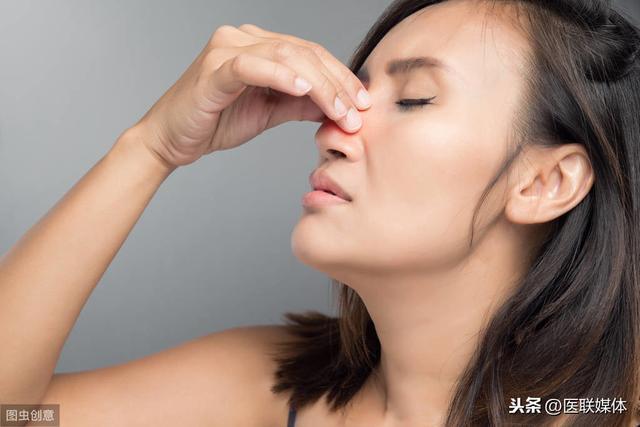 睡覺流口水,可能是這3個原因引起的,不能輕視