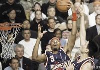 19歲進入NBA,被專家視為下一個蒂姆-鄧肯,25歲與世長辭