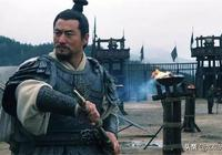 關羽溫酒斬華雄、虎牢關三英戰呂布全是假的,歷史上真正主角是他