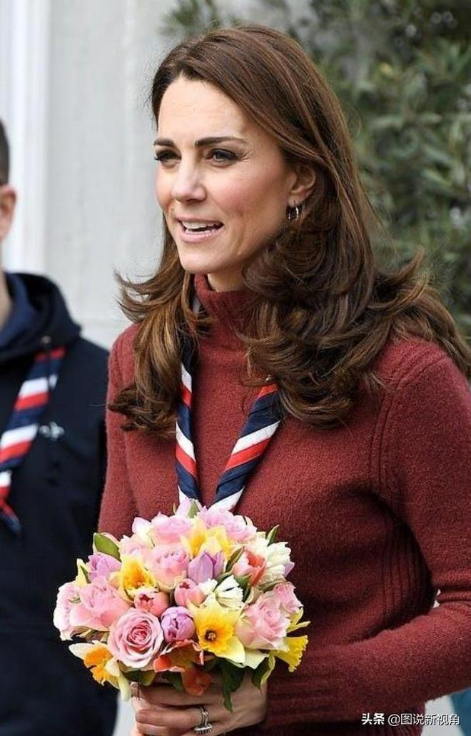 凱特不愧是平民王妃,穿搭身上的4個小細節間接說明她樸素