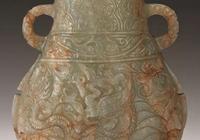 出土玉器種類有:帶鉤、帶板、杯、匜、尊等……