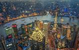 上海陸家嘴,匯聚了地標性建築,擁有璀璨迷人的夜景