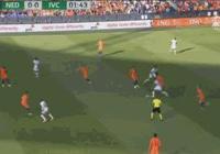 荷蘭5-0科特迪瓦,羅本揚森傳射,維爾特曼雙響