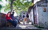 重慶鬧市裡藏著一條山城巷,過去很冷清,重慶網紅後成遊客扎堆來